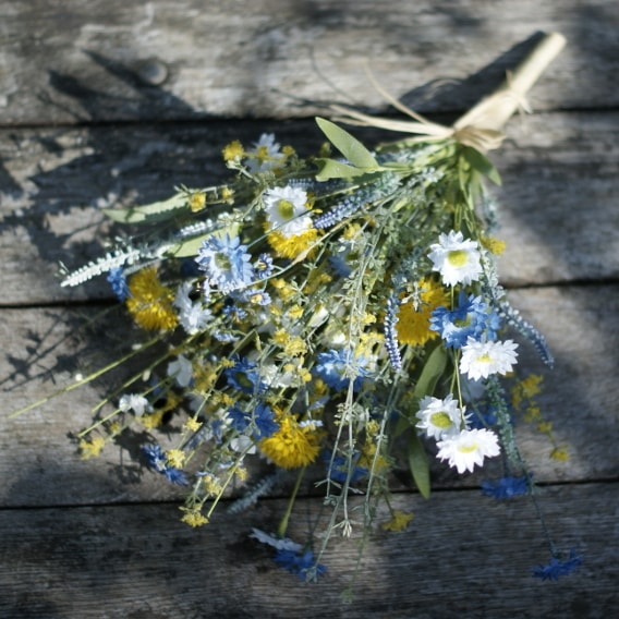 Relaxed rustic bouquet