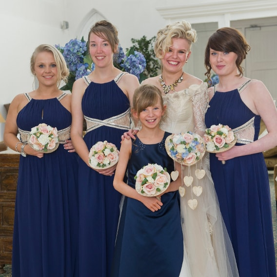 Matching pink bridesmaids bouquets