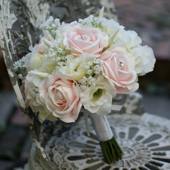 Replica pink and white bouquet