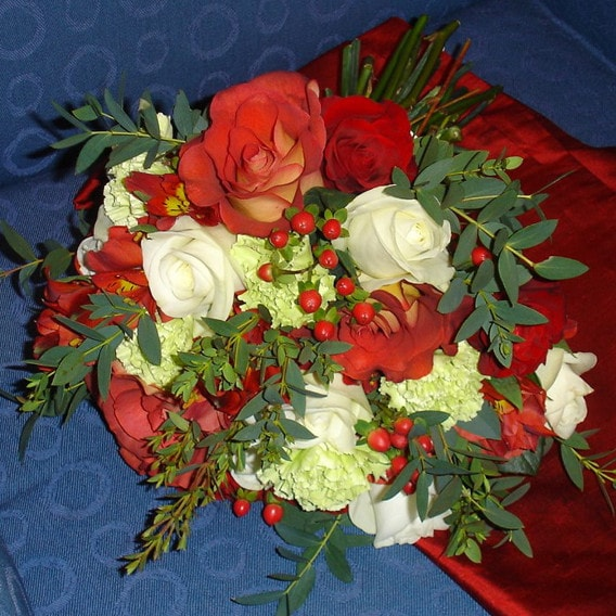 Red and white fresh bouquet