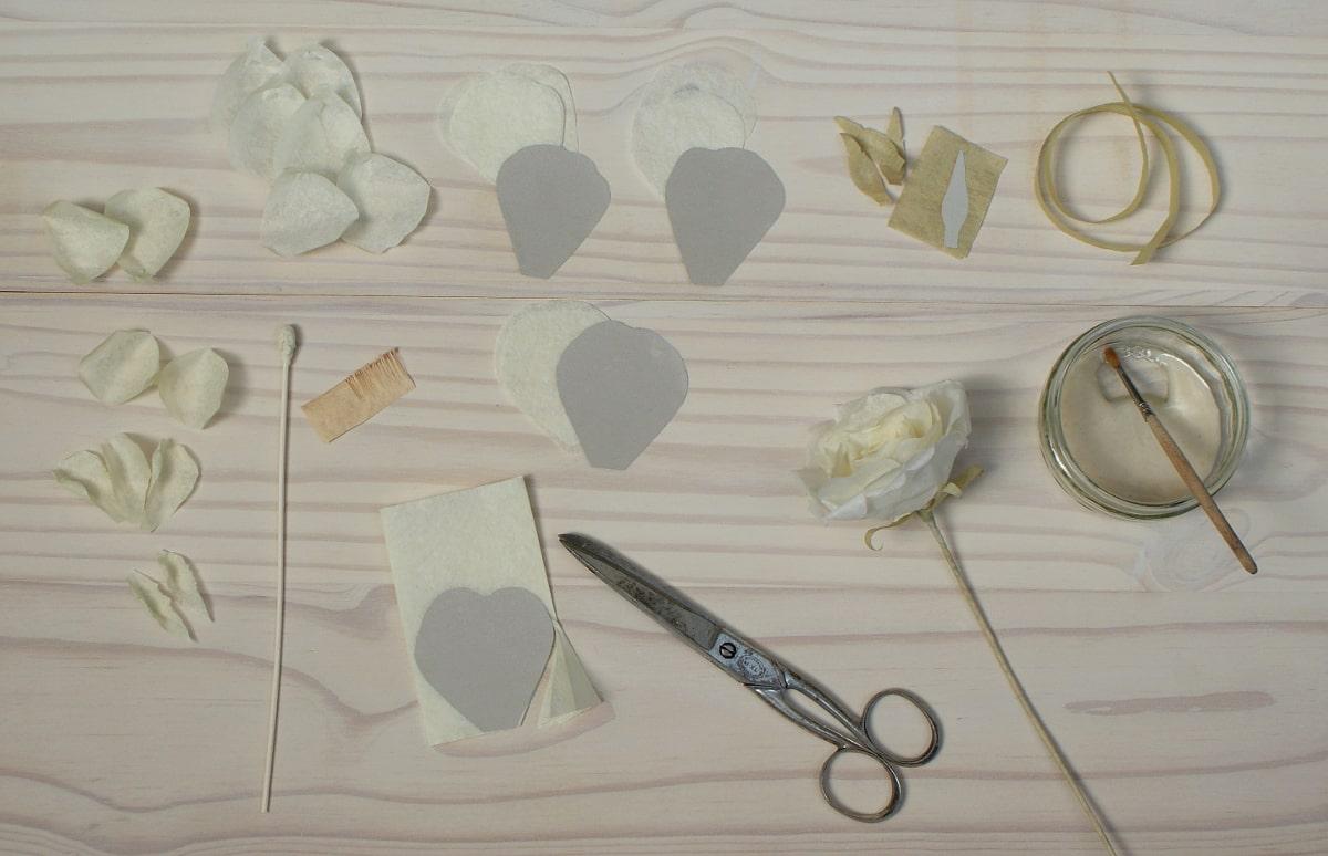 making tissue paper flowers