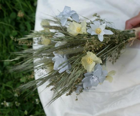 summer paper flower bouquet